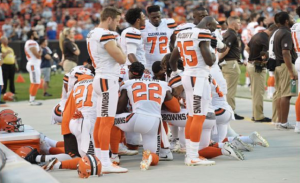 NFL fans are sick of Trump constantly b*tching about player protests (deepstatenation.com)