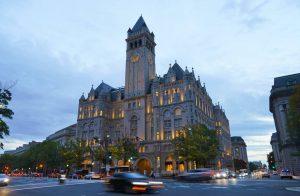 Report lists dozens of groups that used Trump properties (wsj.com)