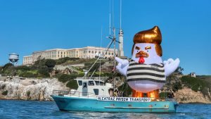 The origin story of the Giant Trump Chicken that descended on Alcatraz (thedailybeast.com)