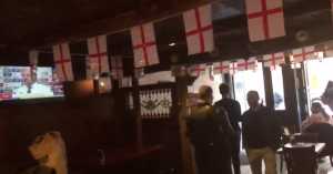 'Nazi scum get out!' Entire New York bar chants at fascist media darling Milo Yiannopoulos until he leaves