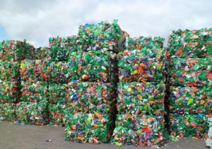 Cold Plasma Pyrolysis: How We Can Turn Plastic Waste Into Clean Energy and Useful Products in Seconds (newsweek.com)